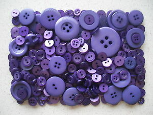 Purple-buttons-mixed-sizes-100-grams