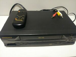 Philips-Magnavox-Video-Cassette-Recorder-VR201BMG22-VCR-With-Remote-TESTED