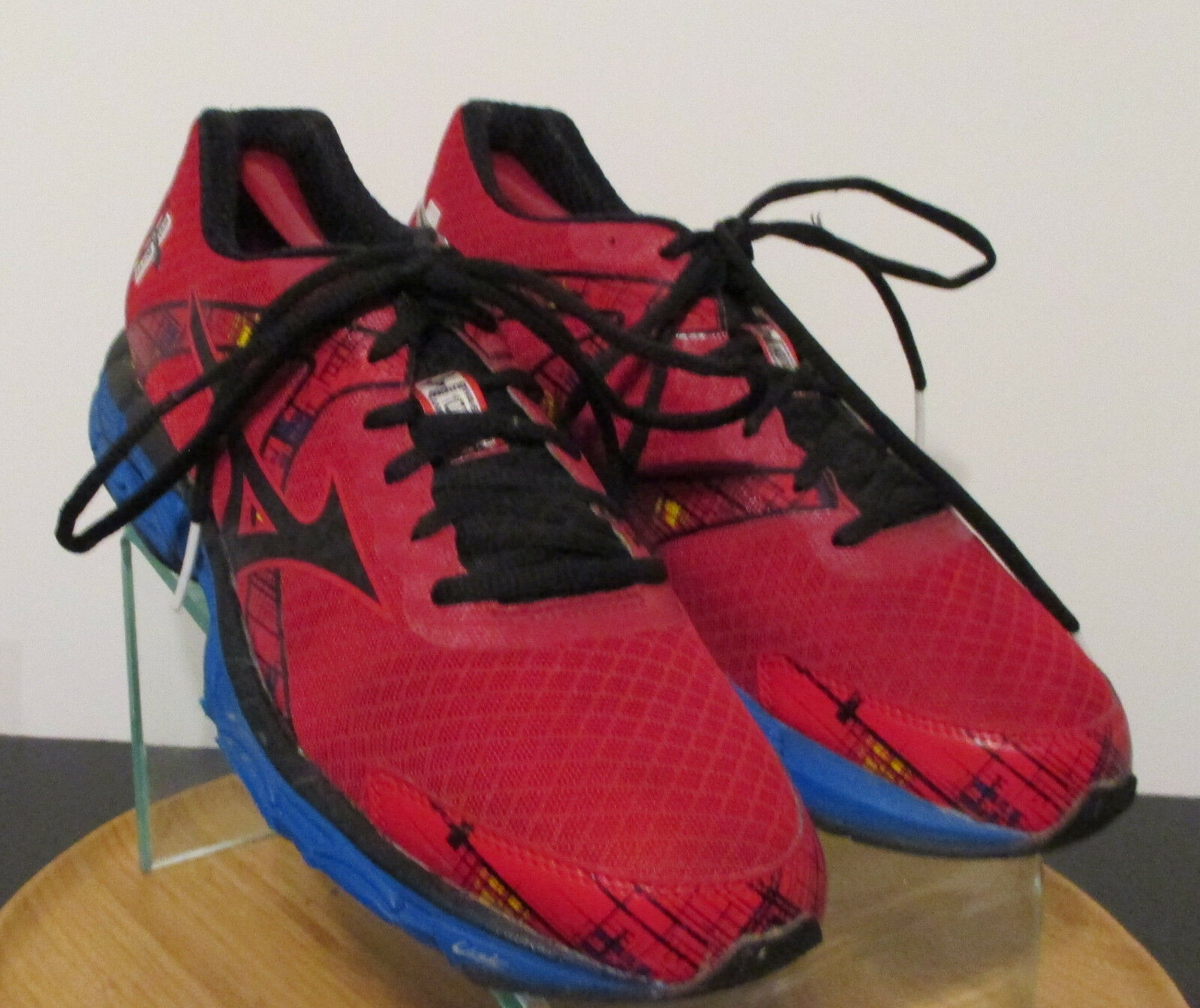 Men's sz 10 M red bluee  Wave inspira 10 running training athletic shoes