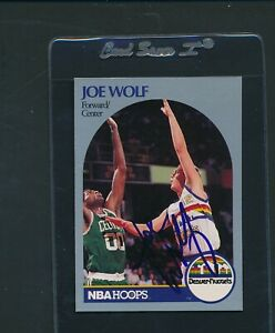 1990/91 Hoops #412 Joe Wolf Denver Nuggets Signed Auto *A1839