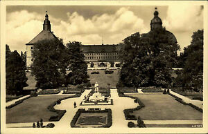 Gotha-Thueringen-alte-AK-1930-40-Schloss-Friedenstein-mit-Kriegerdenkmal-Garten