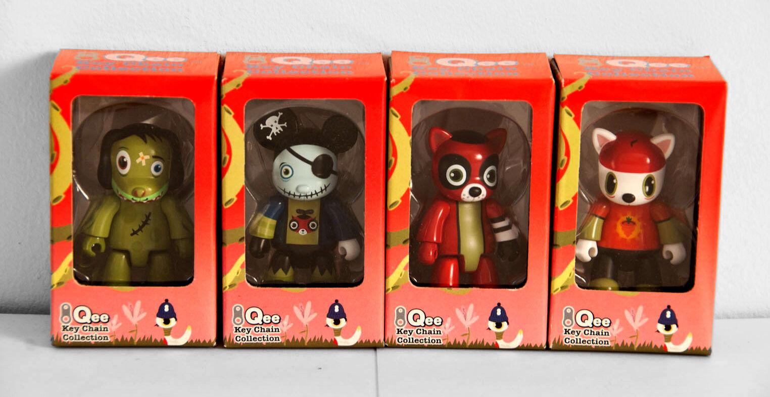 New - Qee - Scarygirl - 2.5 2.5 2.5  - Set of 4 - Toy2r - Kidrobot Street art urban lau 65104e