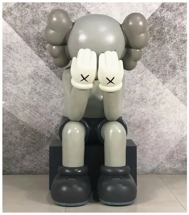 Kaws Companion Passing Through 30CM GREY - Originalfake Street Art Action Figure