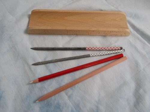 Stiftablage aus Buchenholz mit 2 Schiefergriffeln und 2 Kunstgriffeln La