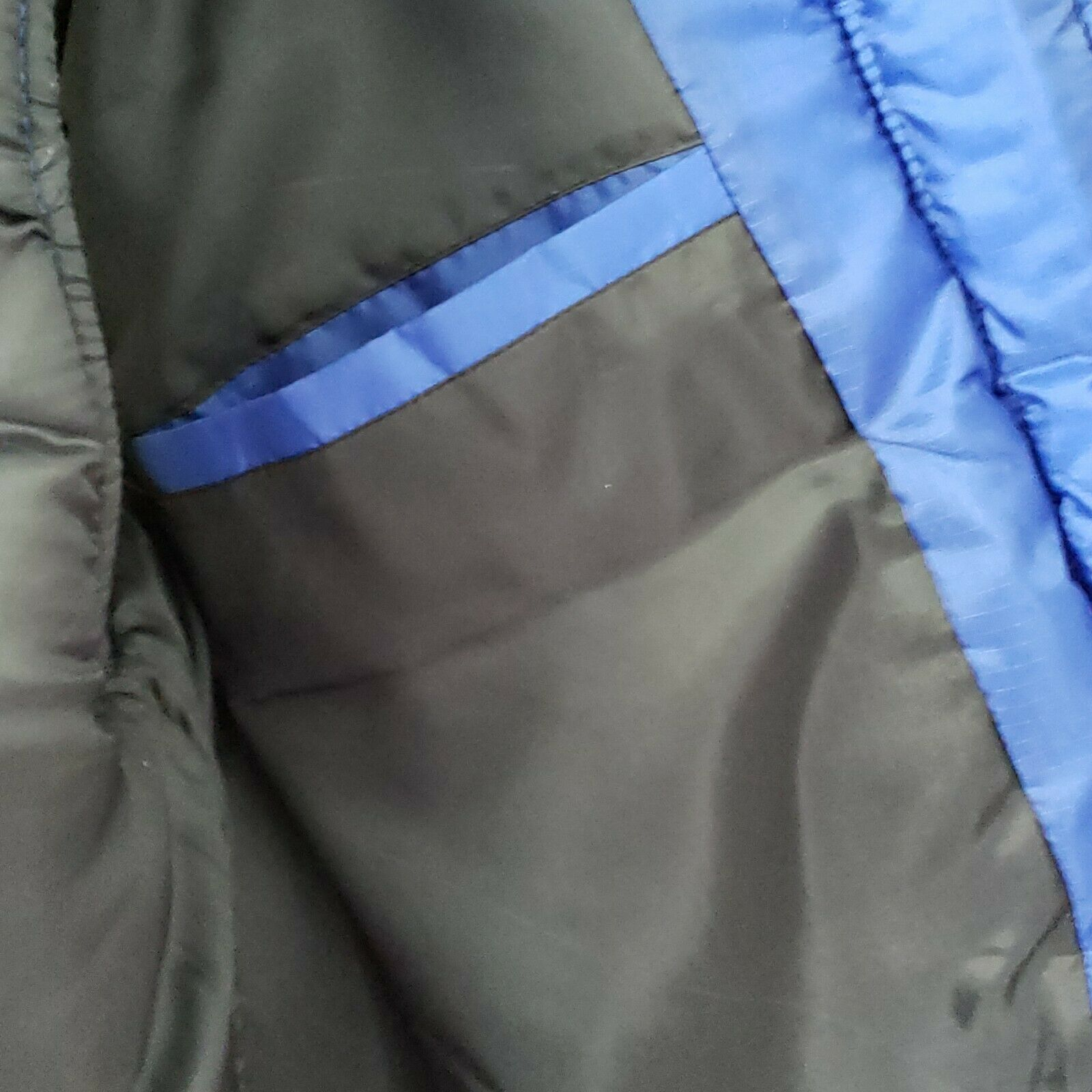 Mens Catalina Blue Goose Down Vest Size Large Sna… - image 5