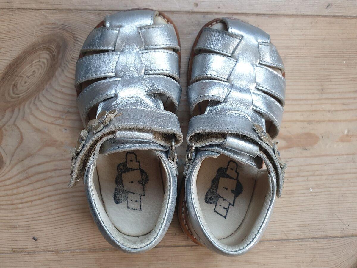 Sandaler, str. 24, Arauto RAP, piger, Skønne små sølvsand