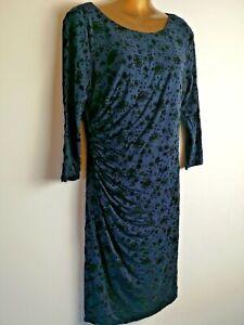 Fenn-Wright-Manson-16-stretch-Blue-velvet-feel-pattern-Party-V-back-dress