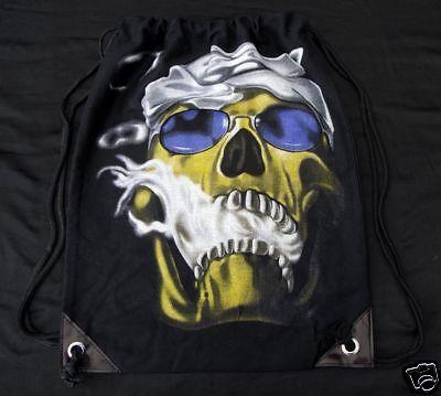 Neu Rucksack Totenkopf In Schwarz Schultertasche Skull Gothic Punk Beutel Metal Moderate Kosten
