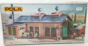 SHRINK-WRAPPED-WEST-GERMANY-VINTAGE-POLA-600-HO-OO-ENGINE-SHED-WITH-WORKSHOP