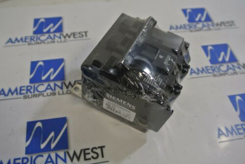 Siemens B320 3 Pole 20 Amp 120//240 Volt Circuit Breaker NEW