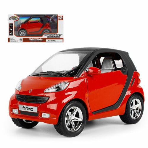 1//24 Smart ForTwo Metall Die Cast Modellauto Spielzeug Rot Model Sammlung