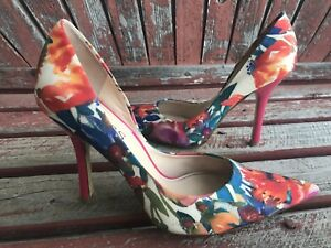 59eaa76720e Details about *ReD PrinT 6.5 Floral Pointy Toe CARRIE Stiletto Heel PUMP  GuESS Blue Tapestry