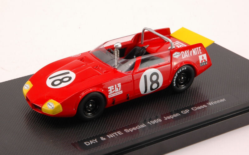 prezzi più convenienti Day & & & Nite specialeee  18 JAPAN GP 1969 classe WINNER 1 43 modello 44273 ebbro  shopping online e negozio di moda