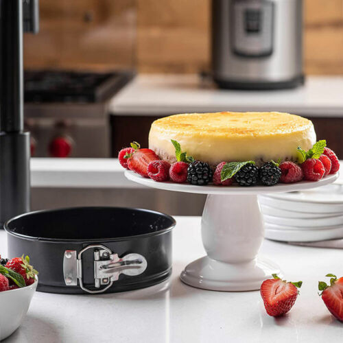 NEW SET OF 3 ROUND CAKE TIN SET NON STICK SPRINGFORM LOOSE BASE BAKING PAN TRAY