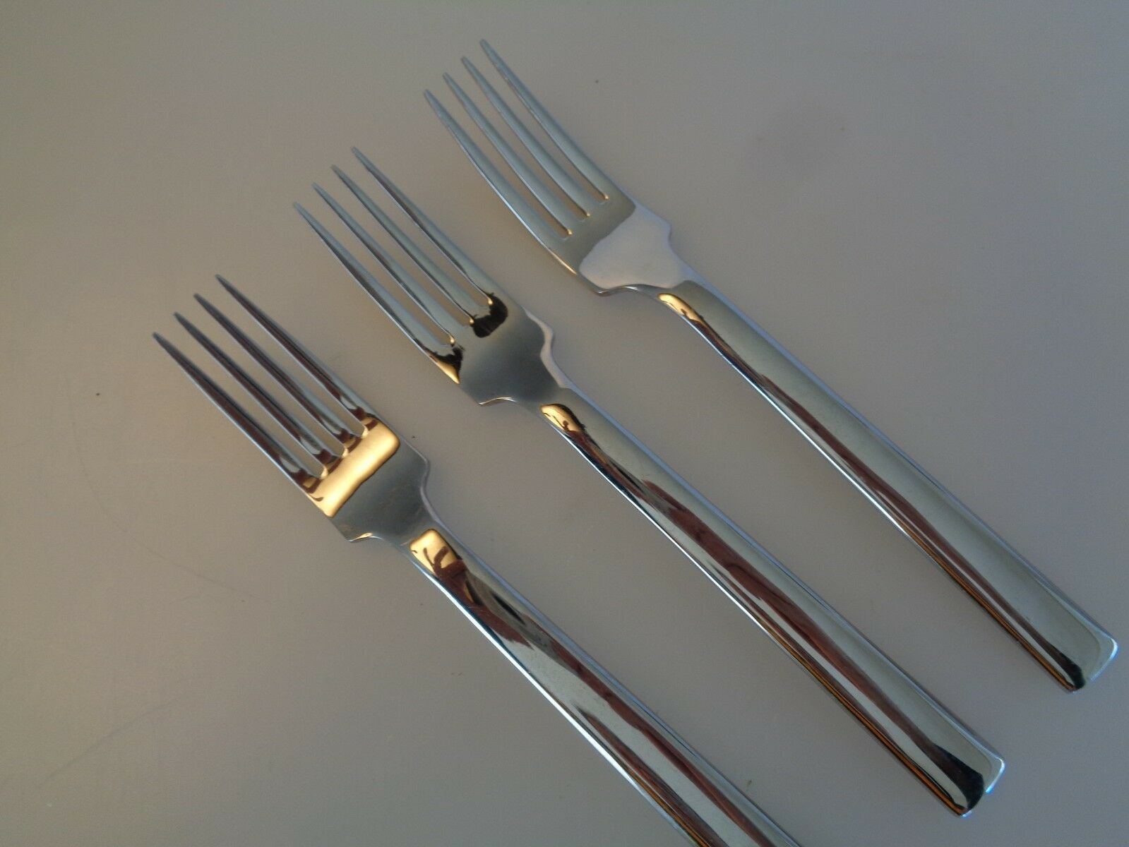 PRE-OWNED BODA NOVA SIGNUM 3 SALAD FORKS  - REPLACEMENT FLATWARE