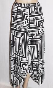 TEMT-Brand-Black-White-Pattern-Asymmetrical-Hem-Long-Skirt-Size-L-BNWT-SP61