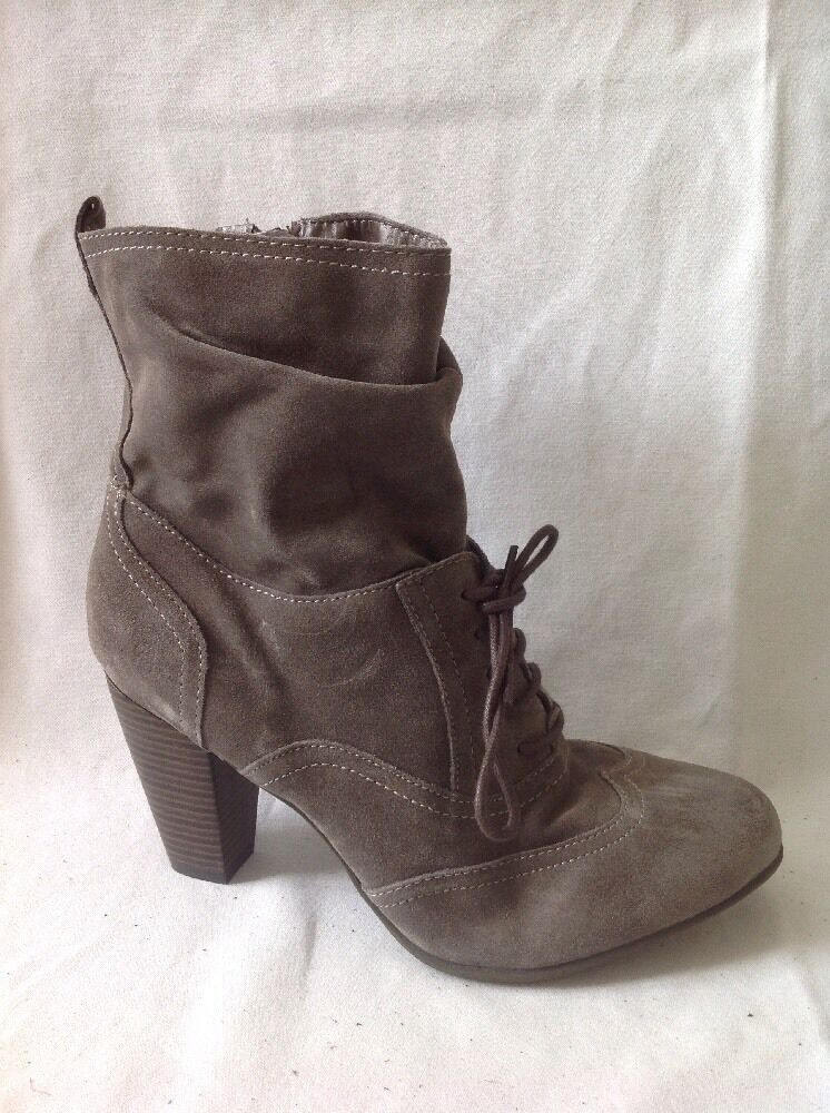 5TH AVENUE Brown Ankle Suede Boots Size 39