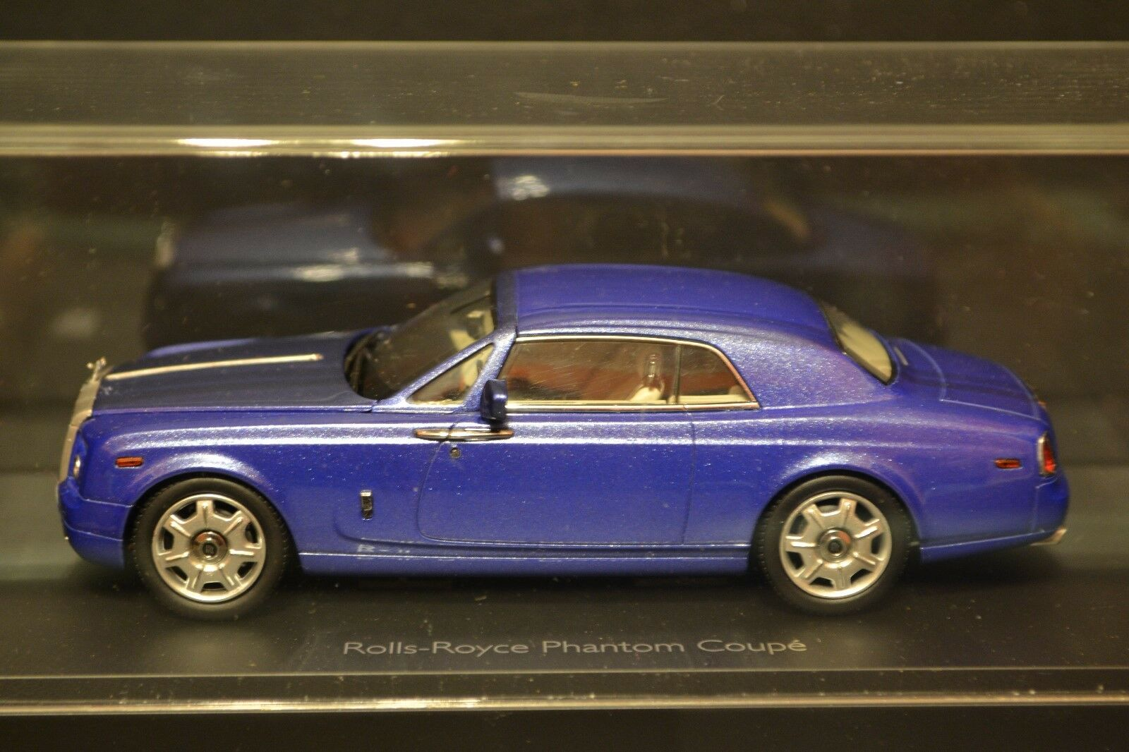Rolls Royce Phantom Coupe 2012 Kyosho Dealer Edition diecast in scale 1 43