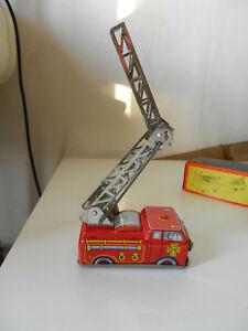 Feuerwehr Kunden Zuerst Blechspielzeug Yone Shackman No 2038 Mechanical Fire Engine Self Extending Ladder Autos & Busse