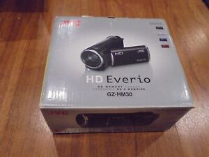 New-in-Open-Box-JVC-Everio-GZ-HM30-GZ-HM30BU-HD-Camcorder-RED-046838045363