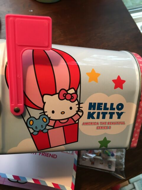 HELLO KITTY America the Beautiful Series 1 Collectors Tin with Figures /& Cards!