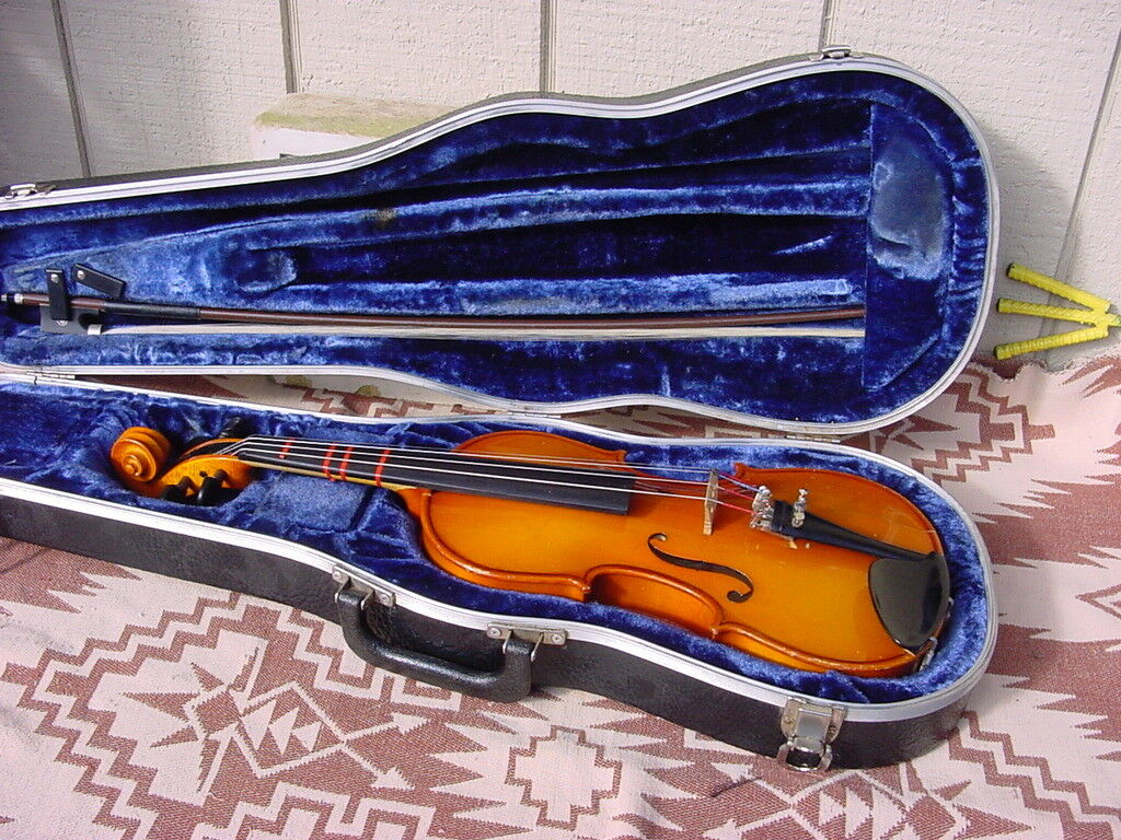 GLAESEL 3 4 VIOLIN CASE AND BOW