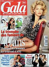 1995: PIERCE BROSNAN_JACQUES DUTRONC_JAMES BOND GIRLS_JERRY HALL_SOPHIE DAVANT