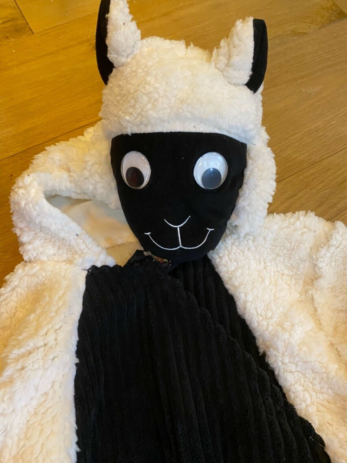 NEW WITH TAGS - CHRISTMAS NATIVITY SHEEP COSTUME 9-10 YEARS