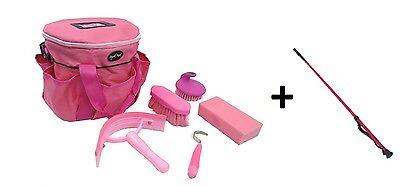 Amabile Grooming Kit + Coltura Sia In Rosa Per Cavallo / Pony Fatta Da Knight Rider-mostra Il Titolo Originale Carattere Aromatico E Gusto Gradevole