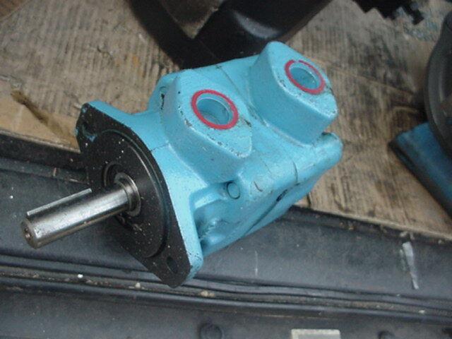 Eaton Vickers High Speed Hydraulic Vane Motor M210-35-1c12