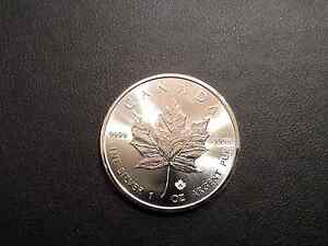 2016 Canadian Maple Leaf- SILVER-1 OUNCE .9999 COIN-$5.00 Brillant Uncirculated