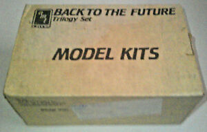 AMT-Back-to-the-Future-Trilogy-Set-Model-Kits-Vintage-Rare-Movie-ERTL-1991