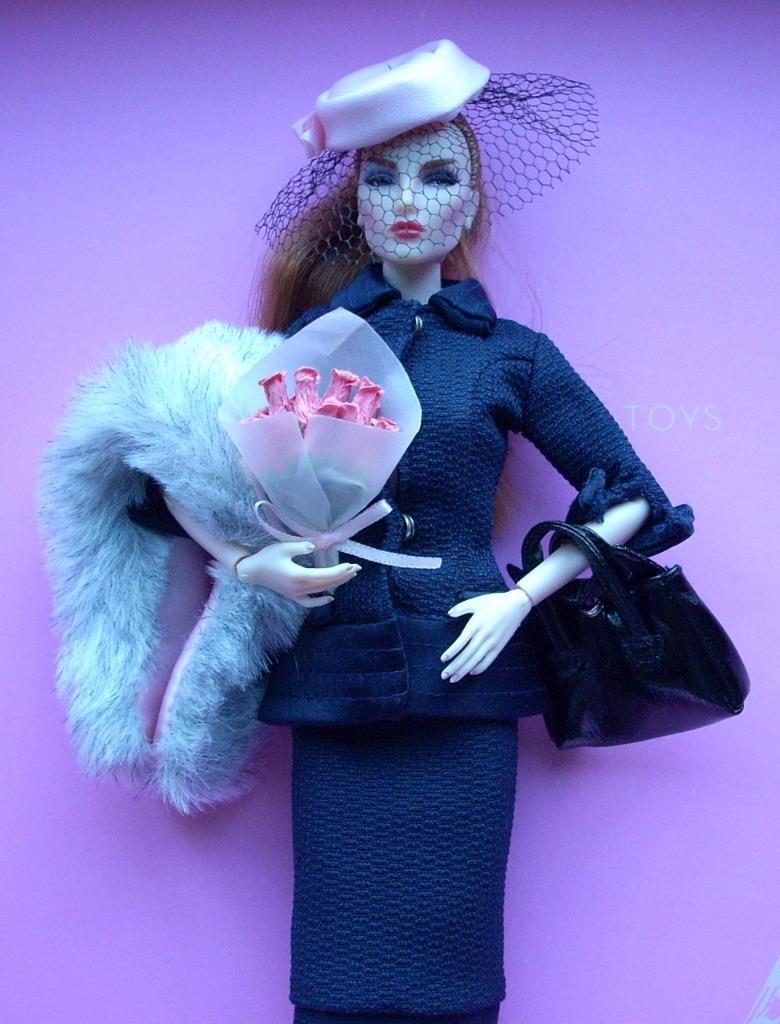 12  Cali Barbie Moda  almuerzo en el Club Completa Outfit  Fit Royalty