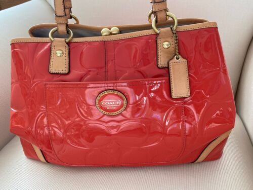 COACH F23722 PEYTON EMBOSSED PATENT FRAMED SHOP… - image 1