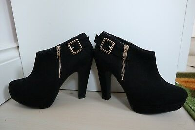 New Look Black Low cut heel ankle boots