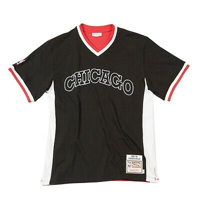 Other Mitchell & Ness Chicago Bulls 1995/96 Authentic Nba Basketball Shooting Shirt Colours Are Striking