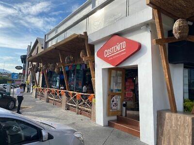 Local comercial en renta dentro de plaza comercial en Satélite