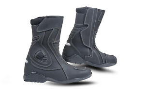 NEW-BIKERS-GEAR-CYCLONE-WATERPROOF-TOURING-BOOT-SIZE-42-48-GREAT-FIT-AND-VALUE