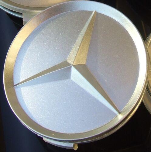 Mercedes 76MM tapa del centro de plata uno