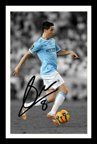 SAMIR NASRI MANCHESTER CITY AUTOGRAPHED SIGNED /& FRAMED PP POSTER PHOTO