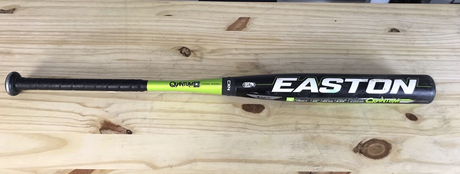 Easton 32 20 Quantum Youth Little League Baseball Bat YB11QT Great Condition