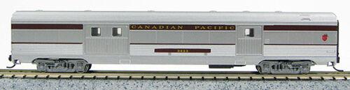 1-41335 N Budd Passenger 72/' Baggage Car Canadian Pacific Silver//Maroon