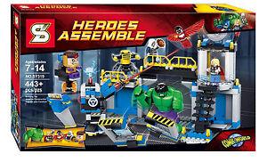 Super hero 2 Hulk smashed the lab building toys Blocks s319