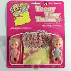 Teeny-Tiny-Twins-Vintage-Doll-Set-With-Sleeper-80s-1982-Kidco-New-in-Package