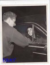 Elizabeth Taylor talks to brother Richard VINTAGE Photo Cynthia premiere candid