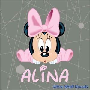 Details zu Baby Minnie Mouse mit Name für Kinderzimmer Wandaufkleber  Wandtattoos