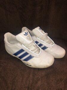 contacto diagonal es inutil  Mujer Unisex Blanco y Azul Adidas Goodyear Entrenadores Talla 3 13 años de  edad! | eBay