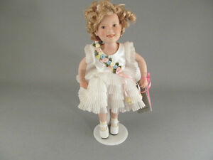 Shirley Temple Baby Take A Bow Doll Danbury Mint Porcelain