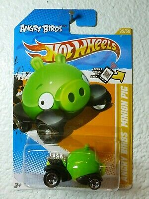 LIME GREEN 2012 Hot Wheels ANGRY BIRDS MINION PIG #35