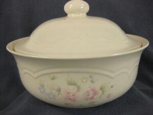 Pfaltzgraff-Tea-Rose-Round-Covered-Casserole-with-Lid-2-Quart-Stoneware-9-25-034